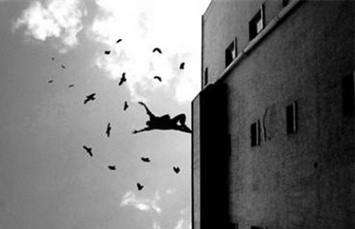 суицид_прыжок с окна