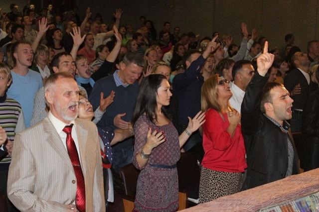 Евангелисты молятся