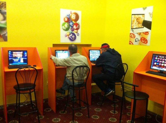 Зал игровых автоматов в Запорожье