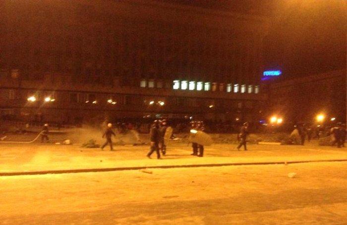 Евромйдан в Запорожье. Разгон правоохранителями